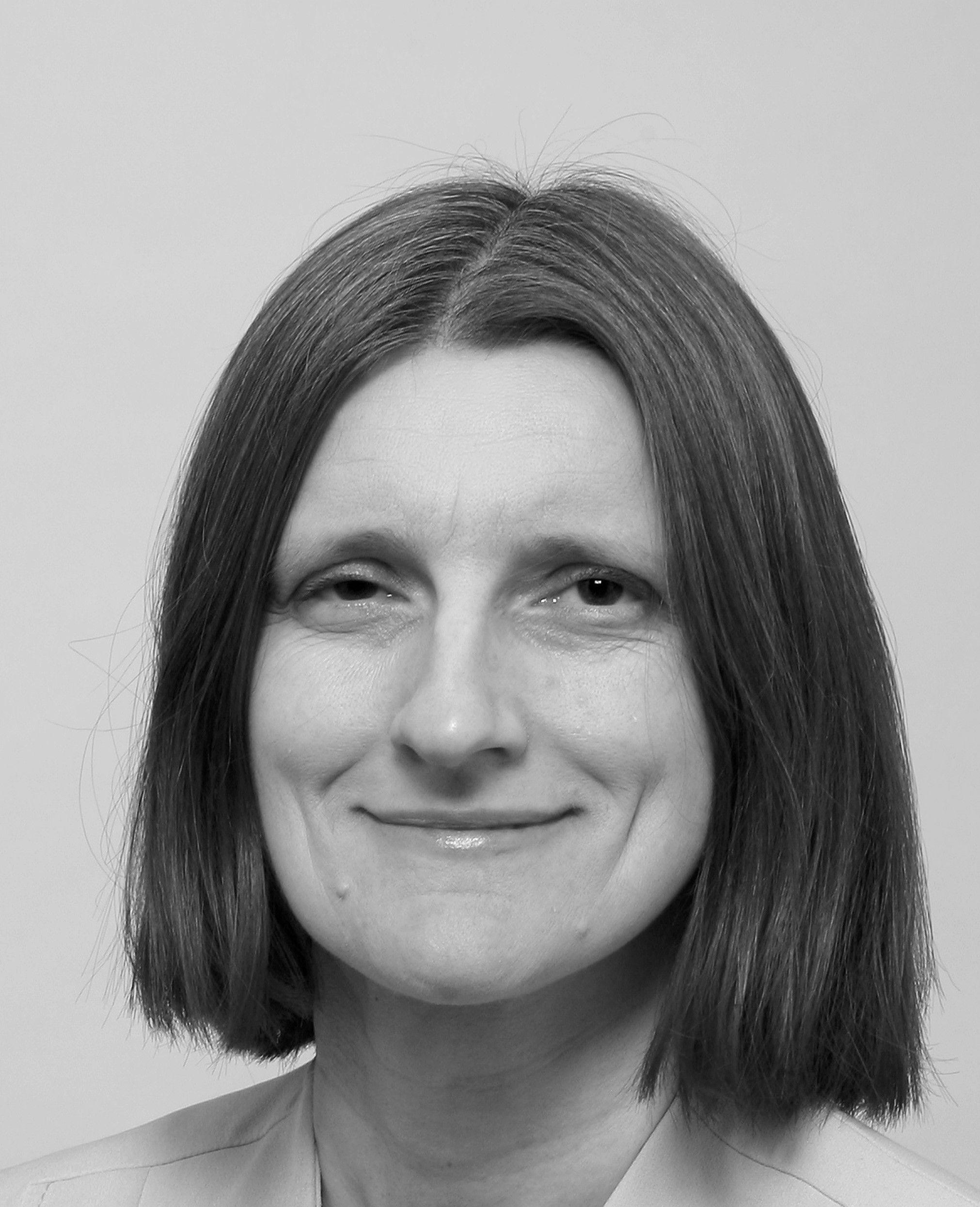 Dr. Ewa Mendys-Kamphorst