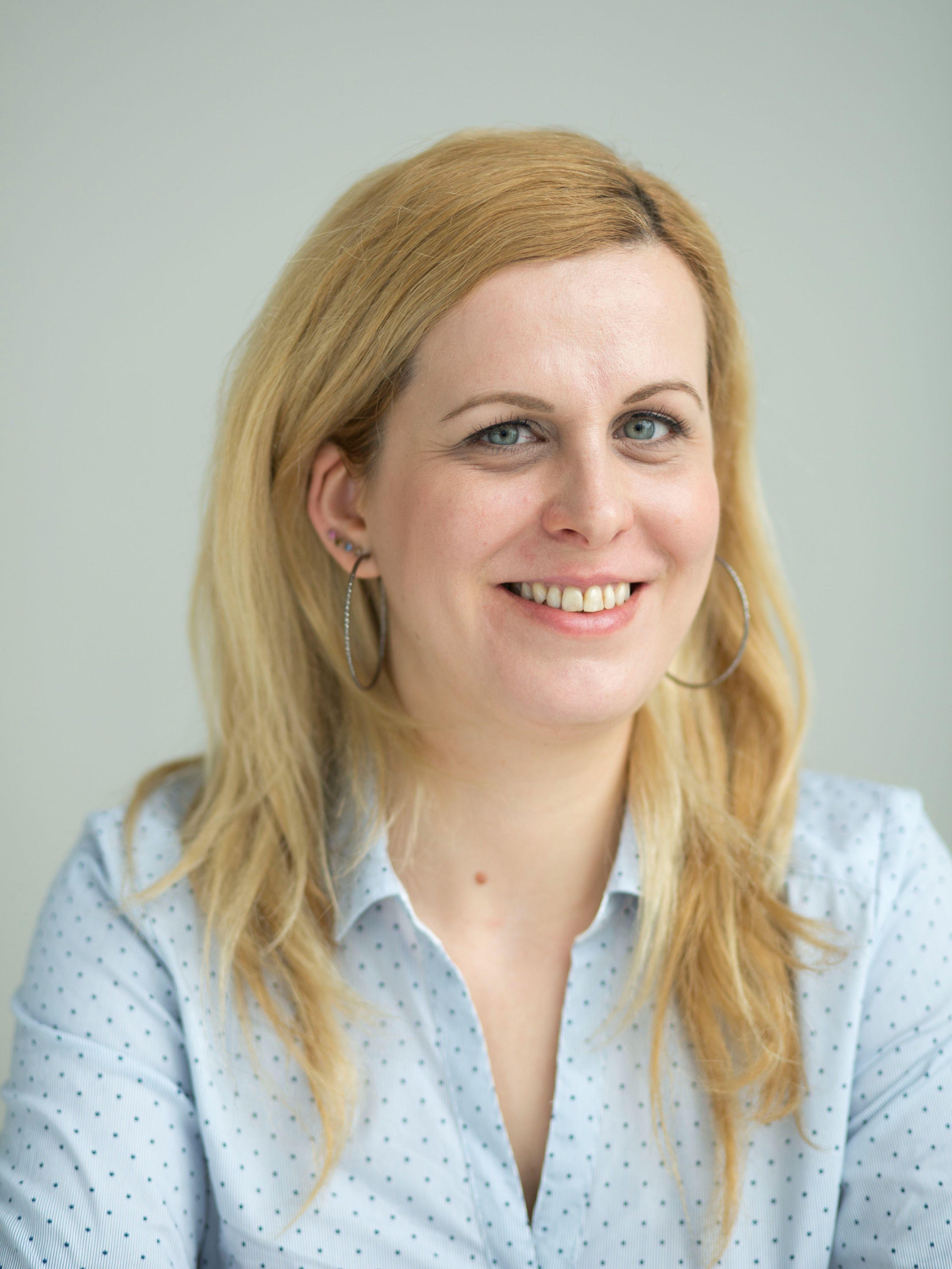 Krisztina Kolozsvari